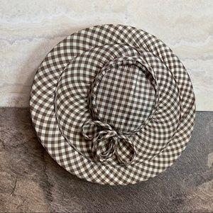 Vintage 1930's bicorn hat